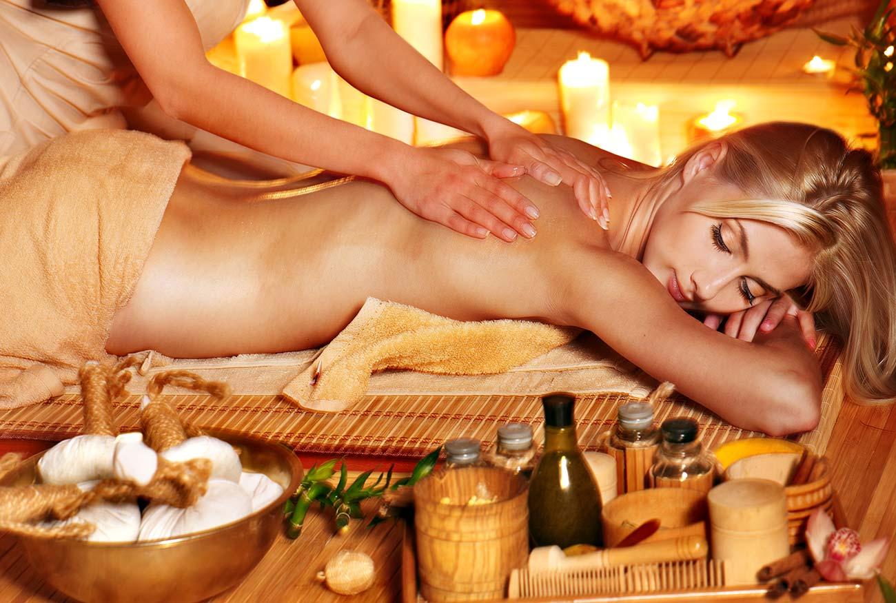 Massaggio Olio caldo